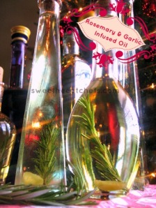 Rosemary & Garlic Infused Oil - sweetheatchefs.com