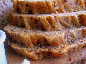 tomato and red quinoa bread - sweetheatchefs.com