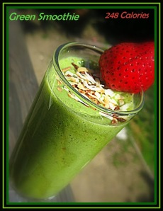 Green Smoothie - sweetheatchefs.com
